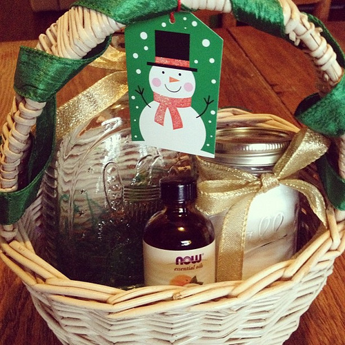 Easy Homemade Christmas Gift Ideas - Contests for Moms: Contests