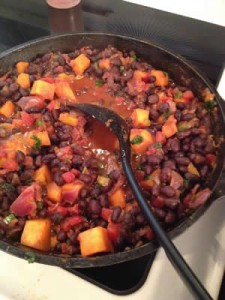 Vegetarian chili the whole family will enjoy!