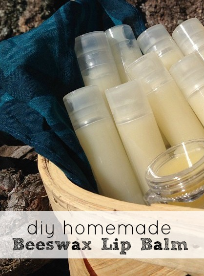 DIY Beeswax Lip Balm - Make Your Own All Natural Capstick