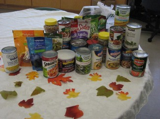 Keep lower-carb canned goods on hand in an emergency kit. Photo: vastateparksstaff / CC by 2.0