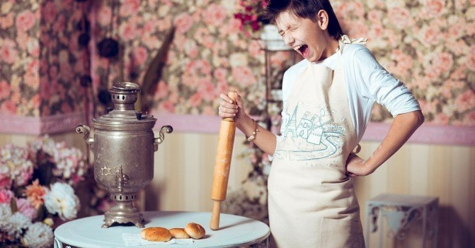 Cooking With Your Kids: 5 Tips to Keep It Stress-Free
